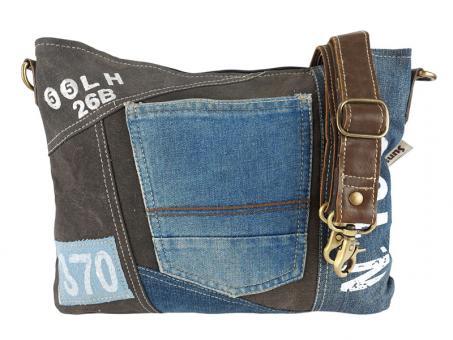 SunsaUmhängetasche aus recycelter Jeans und schwarzen Canvas. Nachhaltige Tasche